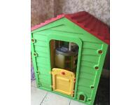 Children's Wendy House with Kitchen