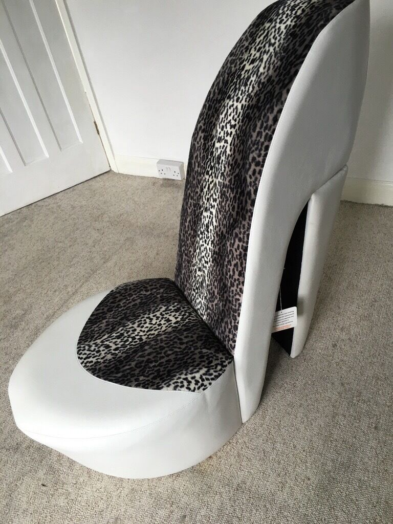 Stiletto shoe chair - Quirky Stiletto Shoe Chair Faux Fur Leather Never Used As New