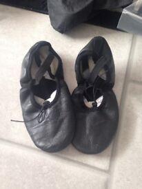 Black size 3 soft ballet shoes