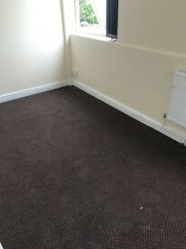 2 bedroom flat available on Carlton Road