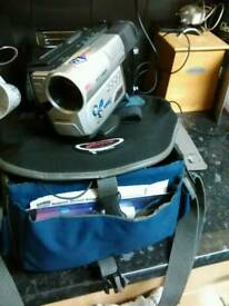 Samsung 8mm camcorder in bag untested