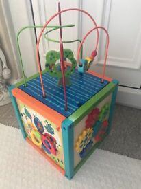 Children's activity play cube