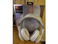 JBL Elite 700 Wireless headphones - Brand new