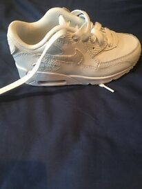 Kids air max trainers