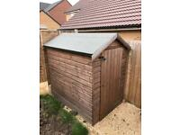 Shed - excellent condition 4ft x 6ft