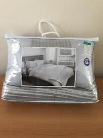 Double Duvet set - Silver bed in a bag - 6 piece set NEW