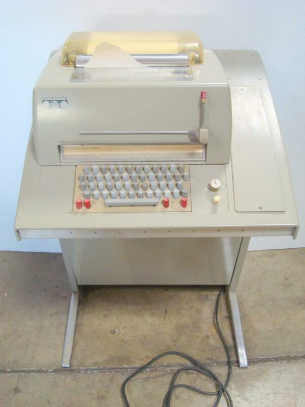 Very Clean Teletype Machine 35KSR  Powers On & Motor Runs