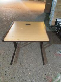 10 x Small quality desks on a massive clearance at just £20 each! Only!!