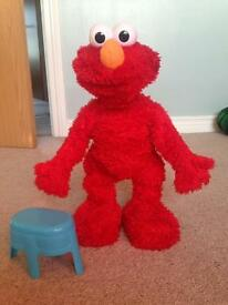 Elmo live in great condition