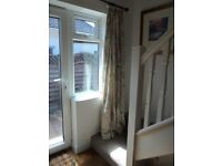 PAIR OF QUALITY PRETTY PASTEL COLOUR PENCIL PLEAT CURTAINS, WITH LINING.