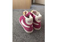 Brand new ladies Nike trainers UK 5