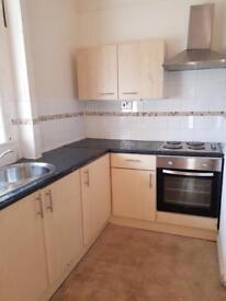 One bed furnished flat for rent very close to university