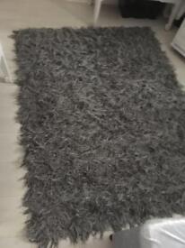 Shaggy rug £15