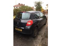 **SOLD** 2008 black Renault Clio 1.2 **SOLD**