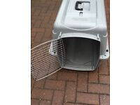 Dog travel crate