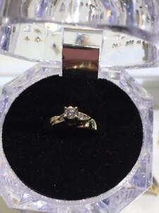 #1309 14K YELLOW & WHITE GOLD LADIES DIAMOND ENGAGEMENT RING SIZE 7 ** JUST BACK FROM APPRAISAL AT 1725.00 **