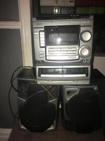 aiwa cd/tape music system with two speakers