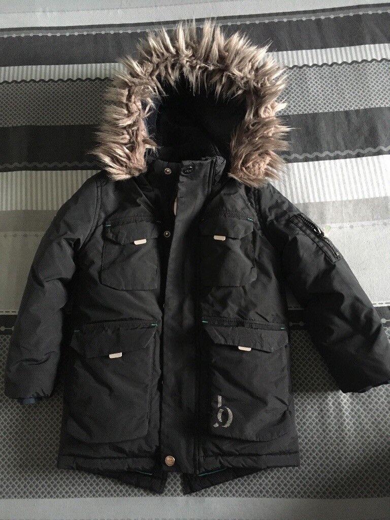 cabb70cd5e1a0 Boys Ted Baker dark navy winter jacket aged 6years.