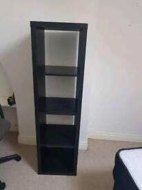 Freestanding shelves/bookcase