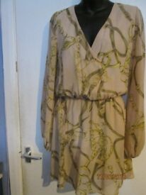 LONG SLEEVED BELT & BUCKLE PATTERNED BLOUSE / DRESS SIZE 10 BY ASOS