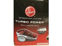 Hoover Turbo Power Bagless Pets Cylinder Vacuum Cleaner New in Box