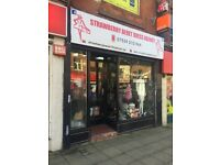 Shop to rent on Market Street in Hyde town centre £550