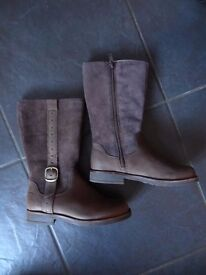 Clarks Gypsy Brown Combi Leather Boxed