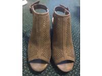Primark Green Open Toe Wedge Heel Sandals