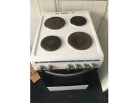 £80 ONO~3 months old~Montpellier electric oven with hobs