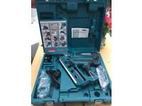 NEW Makita GN900SE First Fix Gas Nailer 7.2 Volt 2 x 1.5Ah Li-Ion