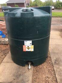 titan heating oil tank 1300 litres