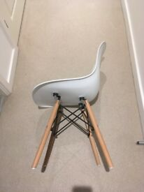 Eames Style Chair with Wooden Legs
