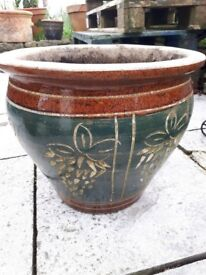 Ceramic oriental style garden pot or planter