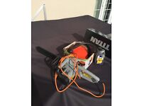 Electric Chainsaw plus accessories