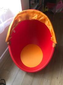 Ikea - egg chair