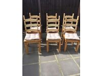 6X Excellent condition wooden chairs. Bargain!