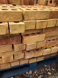 Building bricks yellow Barrett