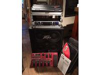 Bass amplifier/speaker cabinet/FX pedal