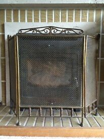 Fireplace guard screen with brass mesh Tri-fold H59cm W79cm free standing