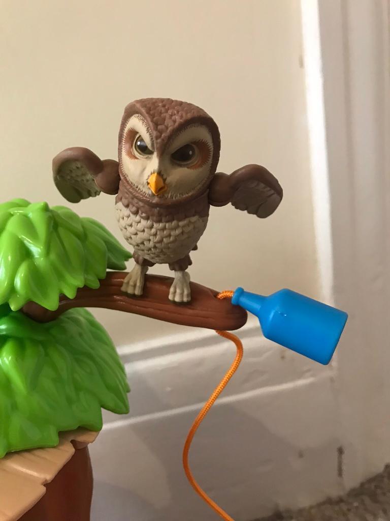 old brown owl figure