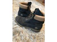 Genuine timberlands only worn twice very very good condition size 11