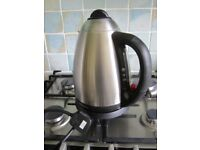 Russell Hobbs stainless steel kettle Model 3070 in excellent used condition for sale at on