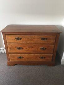 Antique oak 3 drawer chest