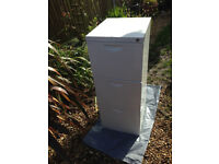 3 drawer metal filing cabinet. 42 inches in height. not lockable but in excellent condition
