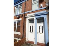 Deckham. Gateshead. Lovely 2 Bed Upstairs Flat available to Rent. No Bond! DSS Welcome!