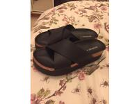 H&M sliders size 39
