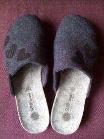 Brand new wool mule slippers size 39