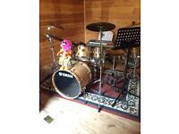 Full Yamaha stage custom standard drum kit
