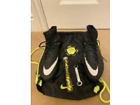 Great condition Nike Hypervenom phantom 3 soft ground pro football boots - UK size 7.5
