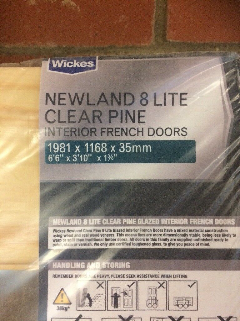 Pair of internal doors - NEW - Wickes